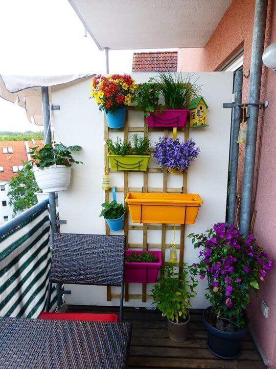 Как обустроить маленкий балкон