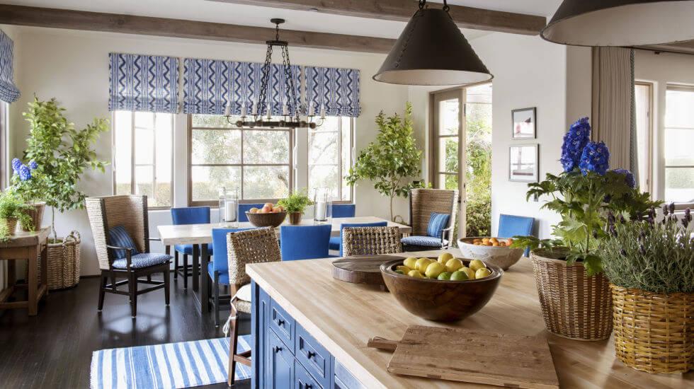 синий цвет в доме