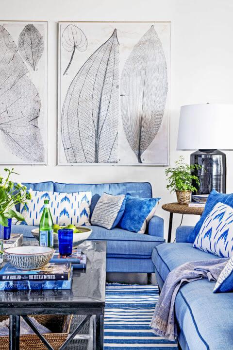 Синий цвет в комнате